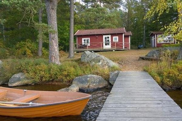 Cottage by the jetty