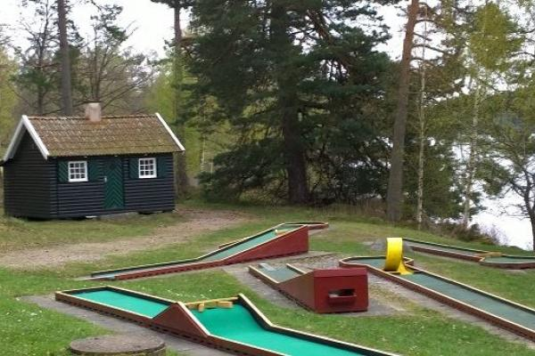 Cottage and miniature golf
