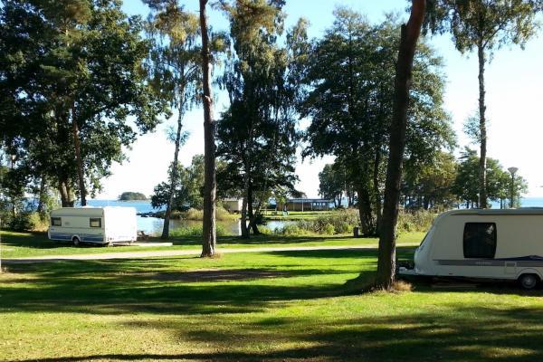 Blekinges enda camping med pool! Boka camping eller stuga i