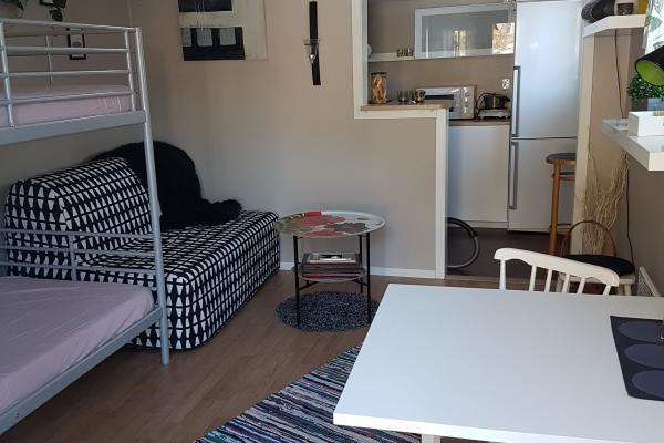 Furnished room with bunk beds
